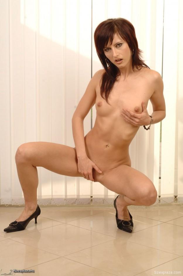 Muha Mónika szex és pornó