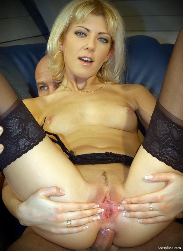 Biksza Piroska Barbara leszbi és faszos pornó